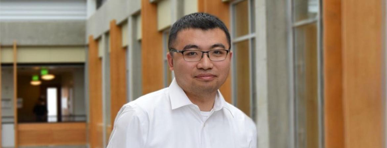 CDADIC Alum Tong Zhang Receives Prestigious UW Award